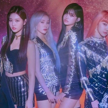 EVERGLOW emociona a sus fans con teasers individuales para 'Reminiscence'